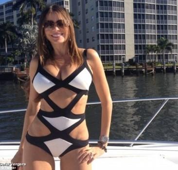 photo: sofia vergara reveals hot body; cut-out one piece suit rocks facebook - national celebrity headlines
